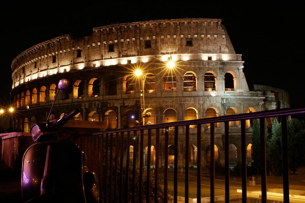 Vespa by night